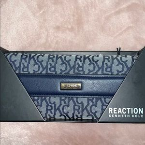 NWT Kenneth Cole Reaction Blue Mono Large Wallet